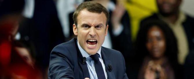 Macron, capriccio da 3 milioni: foto presidenziale più grande in tutti i municipi