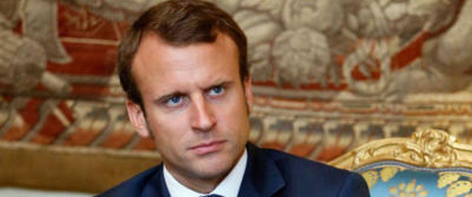 Francia macron denuncia attacco hacker diffusi documenti for Denuncia redditi 2017 scadenza