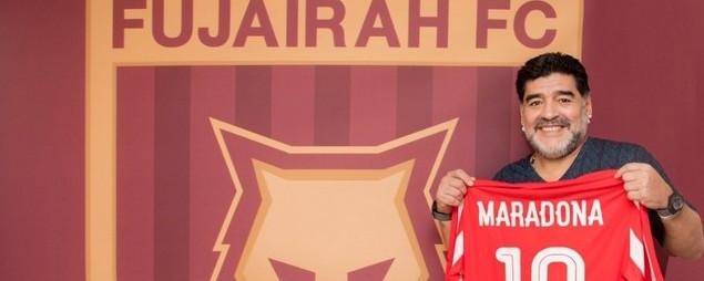 Maradona accolto come una star al club emiratino Al Fujaurah
