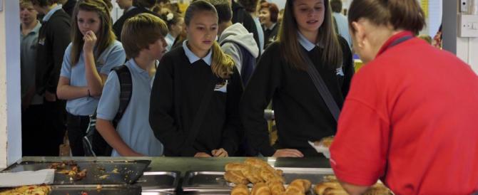 L'Anci denuncia: sempre più scolari rifiutano la refezione scolastica