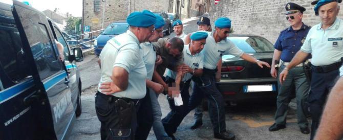 """Delitto di Fermo, Mancini torna in libertà per il """"buon comportamento"""" in carcere"""