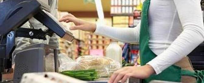 Armato di sega rapina 2 supermercati: arrestato detenuto in permesso premio