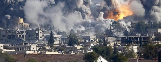 Mosul, l'Isis mina i palazzi per impedirne la liberazione: 100 morti