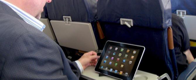 Niente tablet sui voli verso gli Usa: la Ue dà ragione a Trump