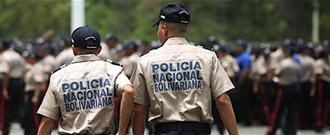 Venezuela, idranti e lacrimogeni del regime contro proteste popolari