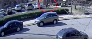 Linciato ma scagionato il poliziotto che uccise un afroamericano (video)