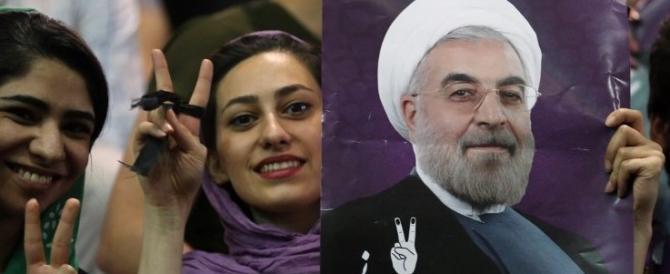 Iran, Rohani cerca la riconferma ma la crisi economica potrebbe fermarlo