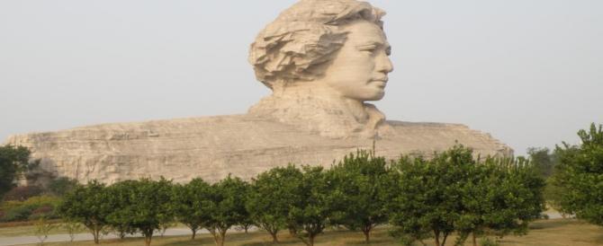 Chiesa più alta della statua di Mao: neomaosti e nostalgici scatenano l'inferno