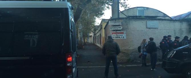 """Roma, lite a coltellate tra immigrati sempre a """"via Cupa"""". Ancora"""