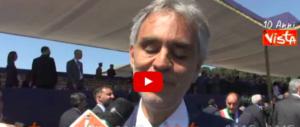 """Sfilata del 2 giugno, Meloni: """"È festa di popolo"""". Bocelli canta l'inno di Mameli (VIDEO)"""