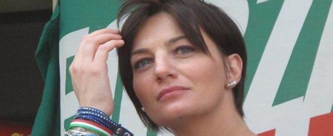 """Lara Comi perseguitata da uno stalker: """"Non vivo più. Ho paura"""""""