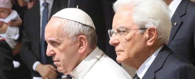 Il Papa e Mattarella: i migranti non devono essere un problema solo italiano