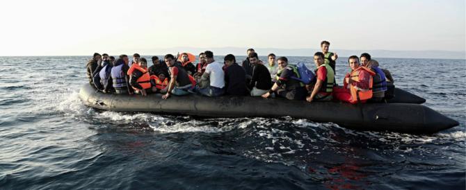 """Migranti, viaggi """"organizzati"""" dalla Tunisia all'Italia: sui gommoni sospetti terroristi"""