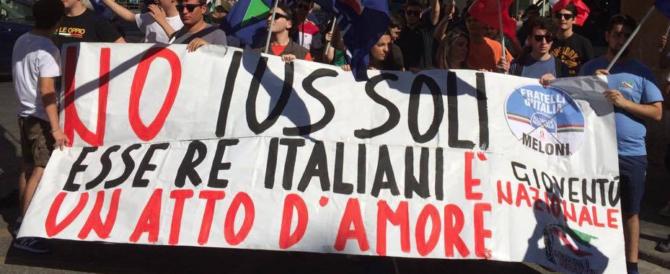 Ius soli, Fratelli d'Italia scende in piazza per dire no. Fotogallery