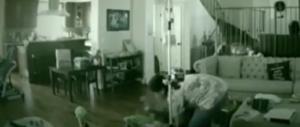 Usa, baby sitter picchia il bimbo disabile. Incastrata da una web cam (video)