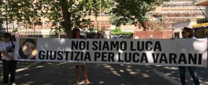 Omicidio Varani, rinviato il processo a Prato. I genitori in piazza per avere giustizia
