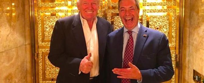 Il Guardian: Farage informato sui rapporti Trump-Russia. Lui se la ride