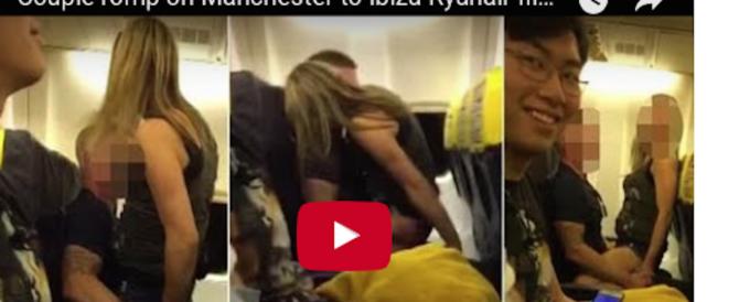 Sesso sul volo Ryanair: passeggero filma tutto e il video finisce in rete