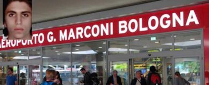 Lapsus di Youssef all'aeroporto di Bologna: «Sono terrorista. No, scusi, turista…»