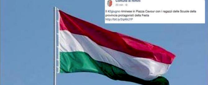 Rimini, clamorosa gaffe del Pd: festeggia il 2 giugno con la bandiera ungherese