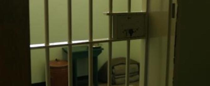 Cinese violentato in un mese per trenta volte dal compagno di cella
