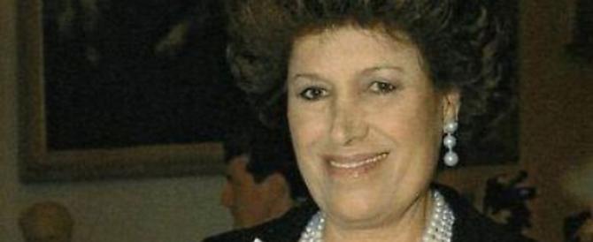 Il Made in Italy perde un'altra leggenda: addio alla stilista Carla Fendi