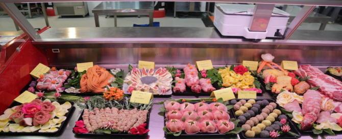 """Alla faccia delle mode green, a tavola il 95% degli italiani è ancora """"no vegan"""""""