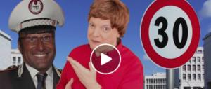 """""""Andavo a 30 all'ora…"""" Spopola la parodia di Dado sulla Raggi (VIDEO)"""