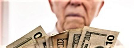 Sanità, tagli-killer: 1 malato di cancro su 5 non potrà più pagarsi le cure