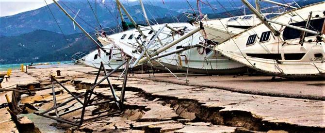 Lesbo, un donna morta tra le macerie nel sisma che ha colpito il Mar Egeo
