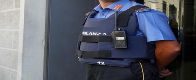 Guardia giurata spara e uccide un collega a Roma: si indaga sulle dinamiche della morte