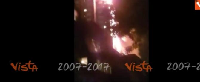 Londra, le urla disperate degli inquilini rimasti bloccati nel palazzo (video)