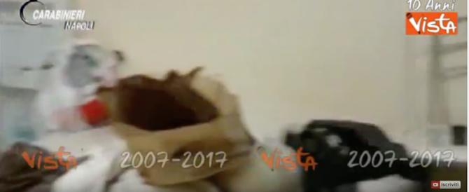 Era ricercato per rapina, lo hanno trovato seguendo le merendine (video)