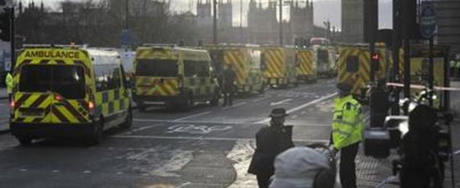 Londra, il poliziotto eroe che ha affrontato i terroristi col manganello