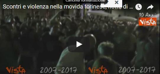 Torino, i centri sociali scatenano la guerriglia nel cuore della movida (VIDEO)