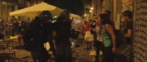 Torino, tra grillini e centri sociali finita la luna di miele. E ora incombe il G7