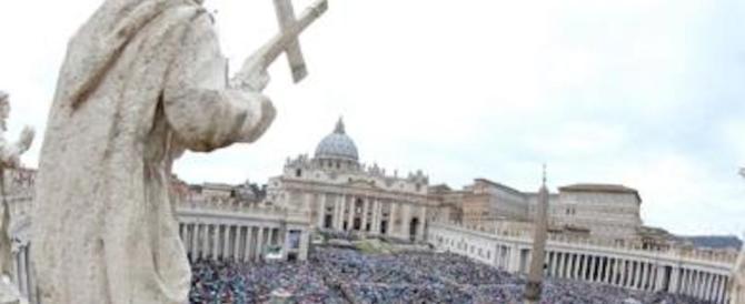 Il Vaticano verso la scomunica per i corrotti e i mafiosi: calpestano la dignità