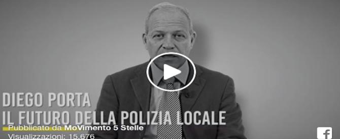 Il numero 1 dei Comandanti dei Vigili testimonial per Grillo . Ed è polemica (video)