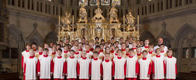 Germania, abusati 547 bambini del Coro di Ratisbona: i colpevoli sono 49