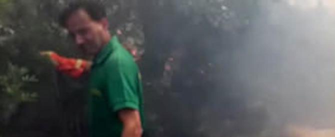 """Incendi, ora il fuoco sta """"consumando"""" il Gargano. Bloccati i collegamenti"""