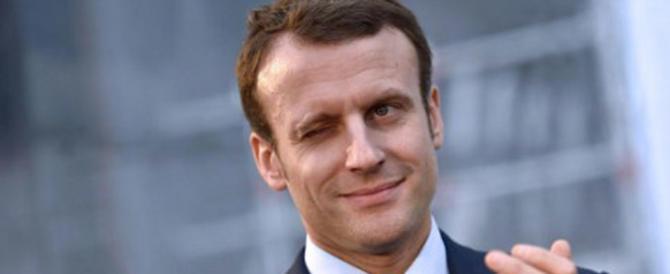 """Eccolo """"vasellina"""" Macron! Quello che contro l'Italia non sbaglia un colpo"""