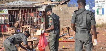 Nigeria, donna kamikaze si fa esplodere davanti a moschea: 8 morti