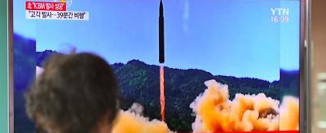 Missili della Corea del Nord, il dittatore rilancia: «Altri regalini per gli Usa»