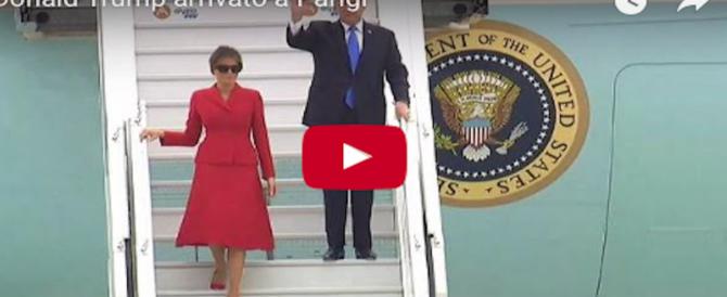 Melania a Parigi: la first lady vince ancora la sfida glamour con Brigitte (VIDEO)