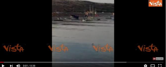 Terremoto, onda anomala travolge Kos. Maremoto a Bodrum. Ecco le immagini (2 VIDEO)