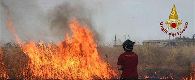 L'Italia continua a bruciare: situazione particolarmente critica a Catania