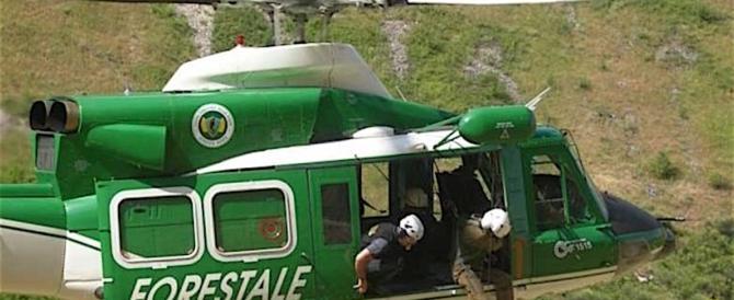 Incendi, 28 elicotteri della Forestale su 32 fermi grazie ai tagli del governo