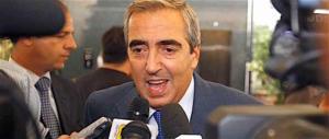 Gasparri: «Servono pene severissime per chi aggredisce le forze dell'ordine»