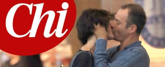 Isoardi paparazzata su Chi mentre tradisce Salvini. Un segnale del Cav?