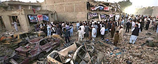 Afghanistan, talebani scatenati: 40 civili morti in pieno centro a Kabul